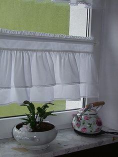 Angielska zazdroska shabby chic 2 -wys. do 60  w Retro_Chic na DaWanda.com Fancy Curtains, Linen Curtains, Curtains With Blinds, Kitchen Curtain Sets, Kitchen Curtains, Scandinavian Window Treatments, Homemade Bedroom, Sweet Home Collection, Cozy Living