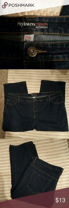"Denim Jean Capri's. Inseam 20"" Tummy control Style & Co Pants Capris"