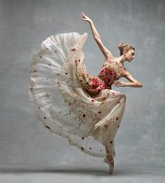 Ballerina ~ Miriam Miller, New York City Ballet. photo by Ken Browar and Deborah Ory of NYC Dance Project, Shall We Dance, Just Dance, Ballet Costumes, Dance Costumes, Ballerina Costume, Carnival Costumes, Tumblr Ballet, Fotografia Pb, Dance Aesthetic