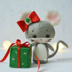 PDF Pattern Christmas mouse family Felt sewing by HelloFelt