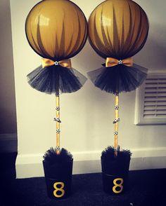 """22 Likes, 1 Comments - Naomi Jacobs (@tullecuteballoons) on Instagram: """"#tulleballoons #birthday #birthdayballoons #football #wolves #tulle #balloon #black"""""""