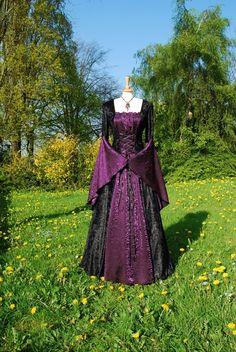 Medieval wedding dress ideas  Keywords: #weddings #jevelweddingplanning Follow Us: www.jevelweddingplanning.com  www.facebook.com/jevelweddingplanning/