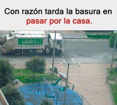 Descarga los mejores memes en nuestra web! #memes #momos #imagenes #imagenesgraciosas #momos Funny V, Funny Jokes, Memes Do Brasil, Funny Spanish Memes, Humor Mexicano, Best Memes, Funny Images, Youtubers, Haha