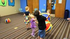 Tips for buying toys for kids with special needs Sensory Motor, Sensory Activities, Sensory Play, Pediatric Physical Therapy, Occupational Therapy, Adapted Physical Education, Special Needs Toys, Multiple Disabilities, Hand Therapy