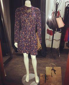 Window display!! 💋 #dress #deernecklace #littlethingstrendy #boutique #cuu