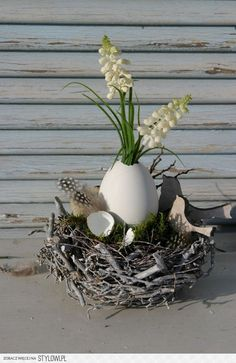 Wielkanoc Outdoor Christmas Decorations, Christmas Diy, Easter Flowers, Deco Table, Holidays And Events, Easter Crafts, Flower Arrangements, Diy And Crafts, Creations