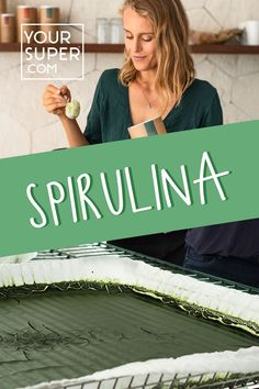 Spirulina is one of the most popular health foods (and superfoods) around. But what is spirulina? And what health benefits come from adding spirulina to your diet? Skinny Protein, Protein Mix, Hemp Protein, High Protein Recipes, Healthy Recipes, Health Foods, Health Benefits, What Is Spirulina, Organic Superfoods