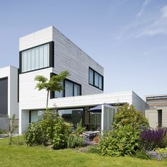 Urban Villa in Amsterdam by Pasel Kuenzel Architects in architecture  Category