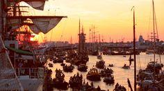 Videó | Szervezetünk eredményei – Tanúskodás a 2015-ös Sail Amsterdam elnevezésű hajós fesztiválon | Beszámolók a világ minden tájáról Jehovah's Witnesses, Letting Go, Amsterdam, Opera House, Sailing, Minden, Travel, Films, Amor