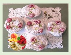 Raspberry Pistachio Muffins w/ Peaches Pistachio Muffins, Continental Breakfast, Loaf Cake, Brunch Ideas, Peaches, Great Recipes, Raspberry, Memories, Cakes