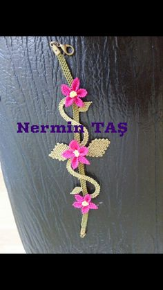 Tatting Lace, Needle Lace, Embroidery Jewelry, Lace Making, Smocking, Elsa, Diy And Crafts, How To Make, Crochet Necklace