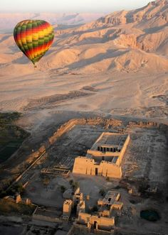 Mongolfiera a Luxor,  Egitto Viaggi http://www.italiano.maydoumtravel.com/Offerte-viaggi-Egitto/4/1/22