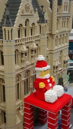 Legoland Discovery Centre created a replica of the Manchester Santa