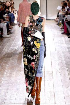 Margiela Fall 2013 couture (via chicityfashion.com)