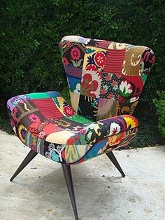 33 Accent Chairs, or The Secrets of a Spectacular Interior, фото № 6 Funky Chairs, Colorful Chairs, Cool Chairs, Funky Furniture, Furniture Decor, Furniture Design, Poltrona Vintage, Chaise Restaurant, Patchwork Chair