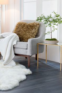 Cozy Surya Sheepskin Rug in White Sheepskin Rug, Cozy Corner, Dream Decor, Home Decor Inspiration, Armchair, Bedroom Decor, Indoor, Flooring, Rugs