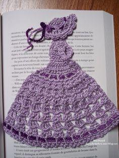 demoiselle-crinoline-lady-marque-page-crochet