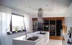 Perfect chic and functional kitchen space. Realizacja projektu Ambrozja 2 by BIURO PROJEKTOWE MTM STYL