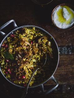Mujadarra, Lähi-idän paistettu riisi. Rice Recipes, Veggie Recipes, Vegetarian Recipes, Cooking Recipes, Recipies, Vegan Recepies, Delicious Vegan Recipes, Yummy Food, Food Porn