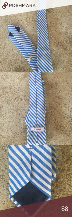 Izod Men's Tie A lovely blue & white tie perfect for any occasion. EUC non-smoking! Pet Free Closet! Izod Accessories Ties