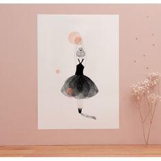 Affiche «Ballerine» - Ballerine vêtue de dentelle noire dansant au beau milieu d'un rêve fait de bulles roses