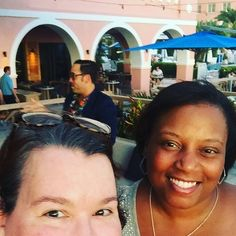 Magic Hour at The Rowe bar at @loewshotels #loewsdoncesar for the #rockstarretreat with @chasingjoy @theoutlawmom @jazzyjonez @datingmyspouse @thejorgeshow and @justicefergie. #latergram