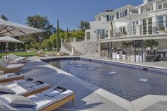 Inspirational beverly hills famous houses Graphics, enchanting top celebrity homes in air and hills la fly rides for 48 beverly stars map Celebrity Mansions, Celebrity Houses, Charlie Sheen House, Beverly Hills Celebrity Homes, Lions Gate, Long Driveways, Mega Mansions, Minimalist House Design, Bel Air