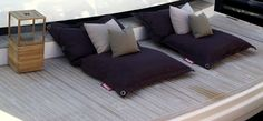 Create a relaxing area with outdoor Fatboy beanbags... Balcony ideas