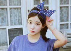 adorable bow and ulzzang Ulzzang Hair, Ulzzang Makeup, Sweet Girls, Cute Girls, Looks Instagram, Bow Hairband, Pretty Asian Girl, Asian Singles, Ulzzang Fashion
