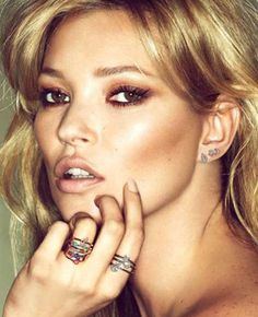 Nothing better than a bronzed blonde is what I say.... Kate Moss - Fred campaign