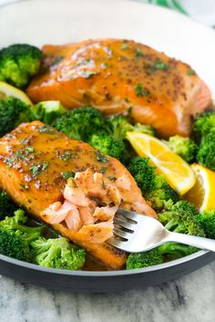 Honey Mustard Salmon by dinneratthezoo: Add broccoli to makae a healthy, one pot meal. #Salmon #Honey #Mustard #Healthy #Easy
