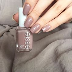 54 New ideas for nails design autumn 2018 trends Winter Nail Designs, Colorful Nail Designs, Nail Polish Colors, Simple Nails, Trendy Nails, Nails Inspiration, Beauty Nails, Hair And Nails, Organic Beauty