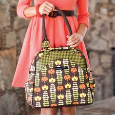 New PPB Fall 2012! Petunia Pickle Bottom Organic Sashay Satchel Adoring Autumn from @LaylaGrayce #laylagrayce #women #diaperbag