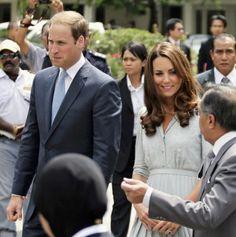 Kate Middleton Makes First Overseas Speech in Malaysia [VIDEO + PHOTOS]