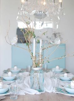 Pretty Centerpieces Pinterest  Table wedding  and on runners Tablescapes Settings, nz  lace table