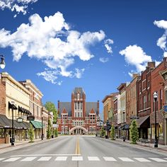 Downtown area of Bardstown, Kentucky.