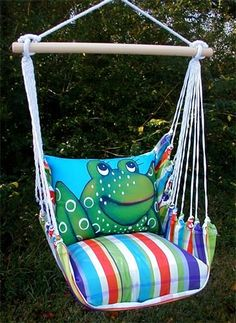 Hammock chair with frog