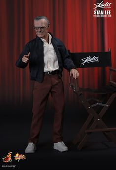 Stan Lee in 1/6th scale from Hot Toys