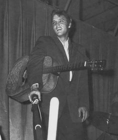 Elvis - Aug 5, 1956 at the Armory in Tampa