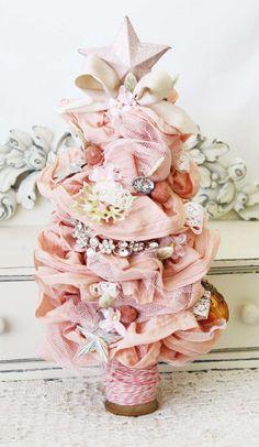 ⚜ Pink & Shabby Christmas