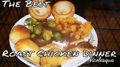 Roast Chicken Sunday Dinner - The Best Chicken Recipes Fried Chicken Legs, Roast Chicken, Baked Chicken Recipes, Potato Recipes, Fried Potatoes Recipe, Stuffed Whole Chicken, Homemade Sauce, How To Squeeze Lemons