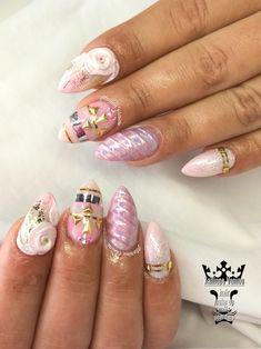 Unicorn nails  #nails💅 #nailart #unicorn #unicornnails #3dplastelineflowers🌸 #nailartforever #nailaddict #nailaholic #nails2inspire #nothingisordinary #nailartist #marinaveniou #nailartseminars #trusttheexperts #beautymakesyouhappy   www.kalliopeveniou.gr