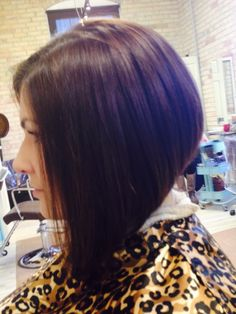 Gorgeous angled Bob #hairbycassie #bellaamicisalon