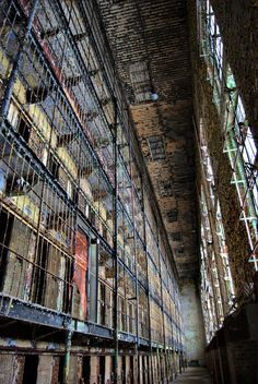 """Ohio State Reformatory AKA Shawshank Prison as it was the set for """"Shawshank Redemption"""" and many music videos. Went through when visiting Michael Hudson :) Abandoned Prisons, Abandoned Property, Abandoned Mansions, Old Buildings, Abandoned Buildings, Abandoned Places, Abandoned Ohio, Abandoned Castles, Spooky Places"""