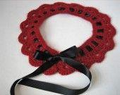 Col Claudine vintage du soir en noir et rouge . : Echarpe, foulard, cravate par au-zizile-bazar