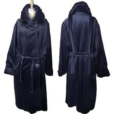 1920s Plush Wool Wrap Cocoon Style Coat with Fur Trim on Collar