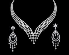 stunning diamond necklace from Gehna for that perfect bridal look. Real Diamond Necklace, Diamond Cross Necklaces, Diamond Jewellery, Men's Jewellery, India Jewelry, Gold Necklaces, Diamond Pendant, Schmuck Design, Necklace Designs