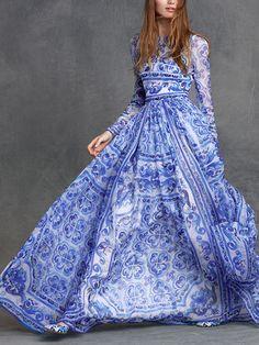 White and Blue Porcelain Round Neck Long Sleeve Maxi Dress