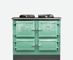 The ESSE 990 electric range cooker with induction hobs is a showcase of ESSE's trademark innovation within tradition. A perfect induction range cooker. Electric Range Cookers, Electric Stove, Fire Cooking, Cooking Stove, John Lewis, Ranger, Induction Range Cooker, Rotten Fruit, Stoves Cookers