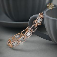 Exotic Diamond Jewellery Designs Of This Season! Diamond Bracelets, Diamond Jewelry, Jewellery Bracelets, Chain Bracelets, Simple Bracelets, Gold Bracelets, Gold Jewellery, Jewlery, Jewelry Design Earrings